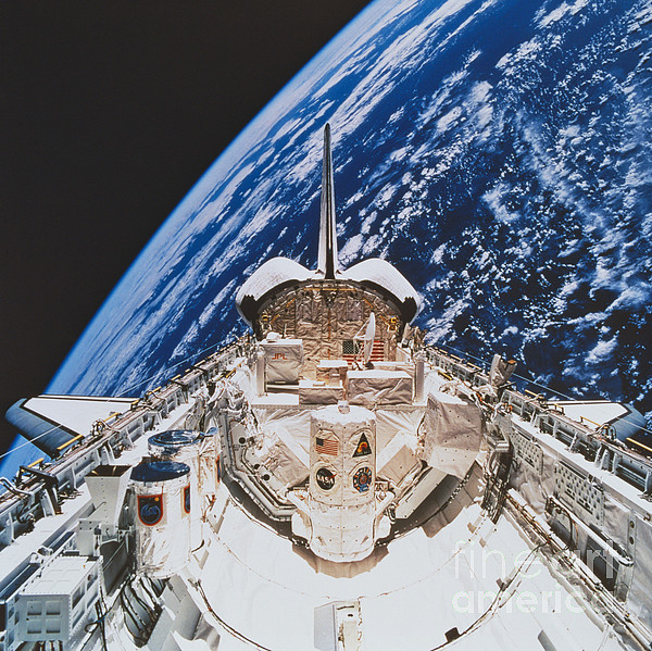 Space Travel Photograph - Space Shuttle Atlantis by Science Source