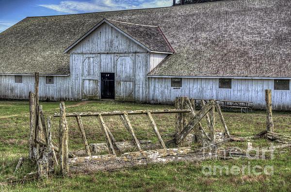 Abandoned Barn Photograph - Abandoned Barn by Eddie Yerkish
