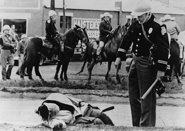 History Photograph - Alabama State Trooper Stands Over An by Everett