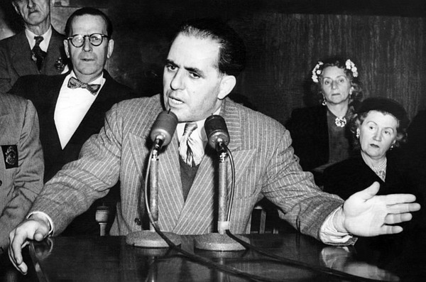 History Photograph - Anthony Anastasia Testifies by Everett