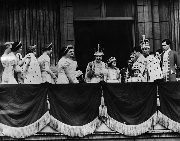 1930s Photograph - British Royal Family. From Center, L-r by Everett