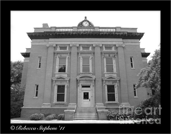 Brunswick Photograph - Brunswick Historical Court House by Rebecca Stephens