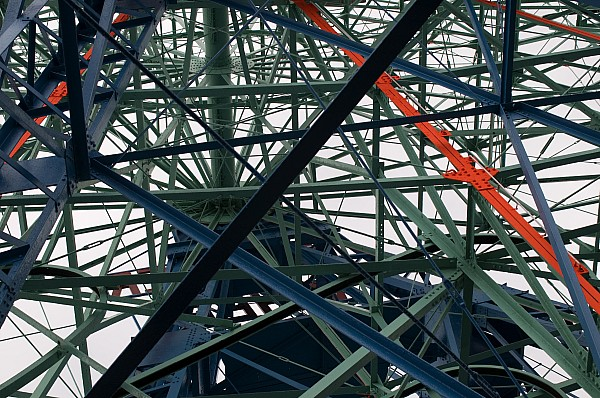 Ferris Wheel Photograph - Close-up Of Ferris Wheel Mechanism by Todd Gipstein