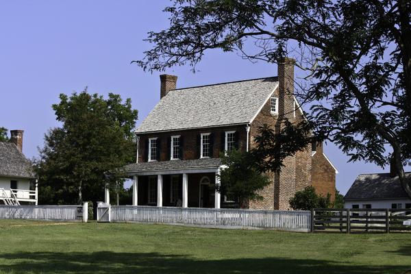 Appomattox Photograph - Clover Hill Tavern Appomattox Virginia by Teresa Mucha