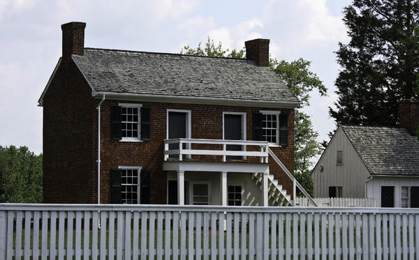 Appomattox Photograph - Clover Hill Tavern Kitchen Appomattox Virginia by Teresa Mucha