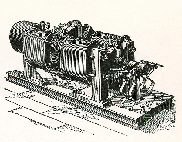 Dynamo Electric Machine Photograph - Dynamo Electric Machine by Science Source
