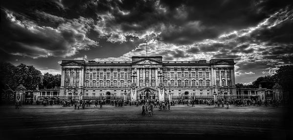 London Photograph - Eclipse My Heart. Crown Me Queen. by Evelina Kremsdorf
