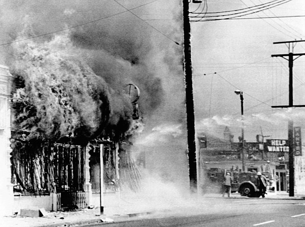 History Photograph - Fire On A Block During The 4th Day by Everett