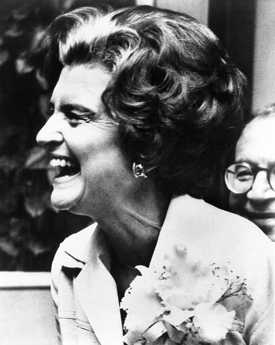 History Photograph - First Lady Betty Ford�s Campaigning by Everett