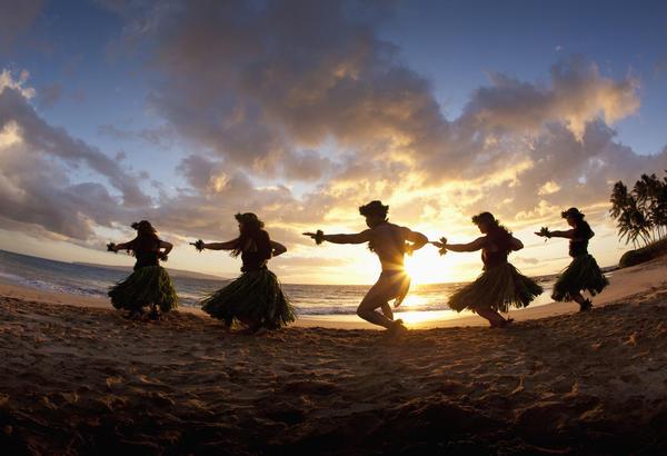 Aloha Photograph - Five Hula Dancers At The Beach At Palauea by David Olsen