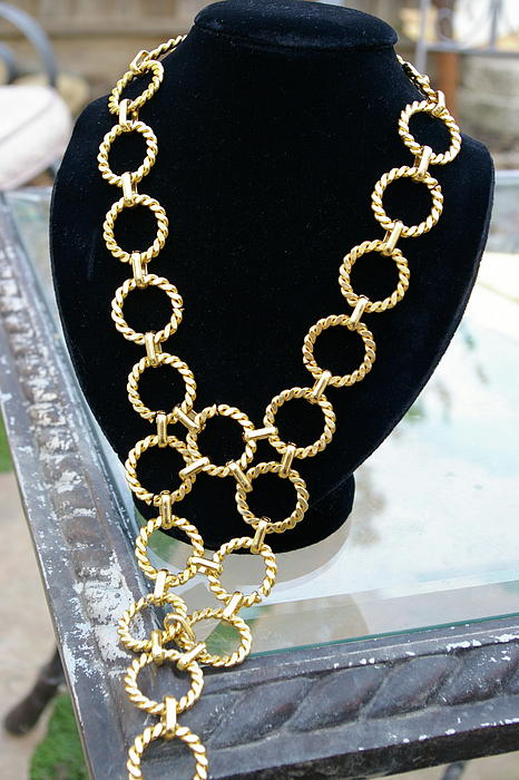 Gold Jewelry - Gold Daisy Chain by Susan Geluz