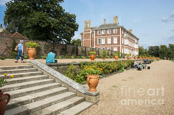 Ham House Photograph - Ham House - Gardens by Donald Davis