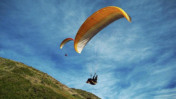 Gliders Photograph - High Flyers by Lorraine Devon Wilke