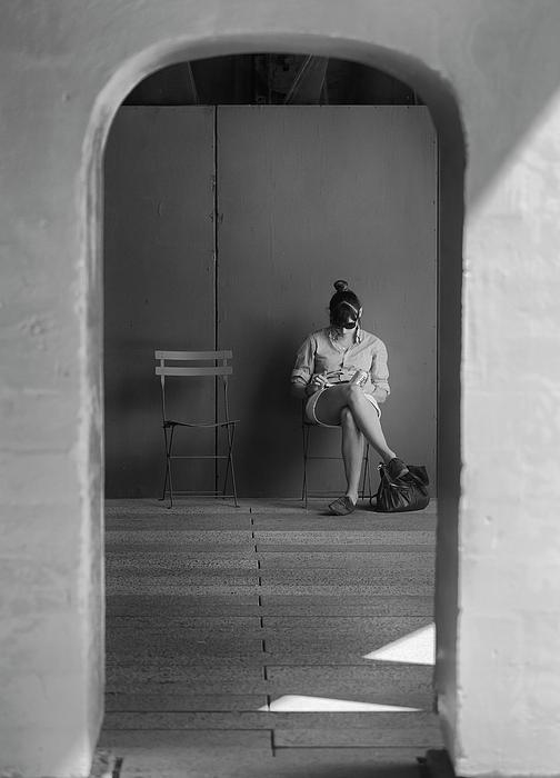 Candid Portrait Photograph - In The Doorway by Robert Ullmann
