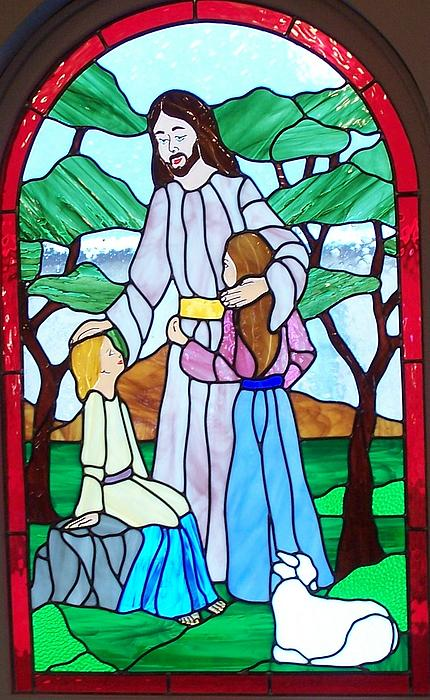 Stained Glass Glass Art - Jesus Blesses The Children by Gladys Espenson