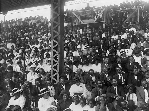 History Photograph - Listening To Booker T. Washington by Everett