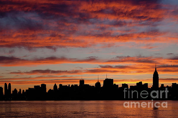 Clarence Holmes Photograph - Manhattan Dawn Skyline II by Clarence Holmes