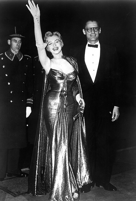 Candid Photograph - Marilyn Monroe Waves To The Crowd by Everett
