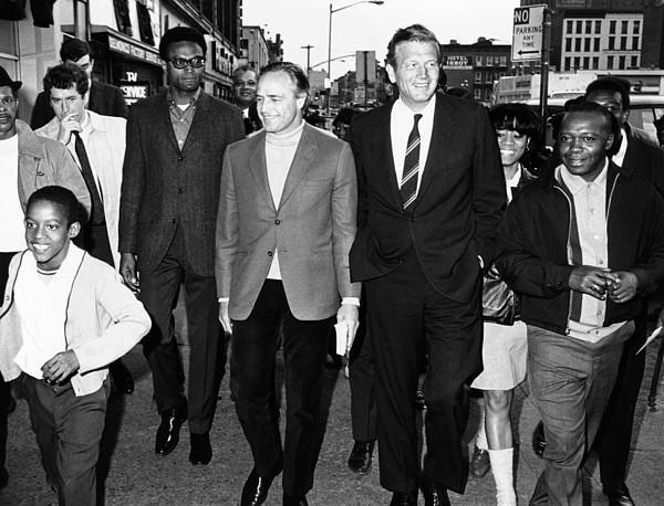 History Photograph - Mayor John Lindsay And Actor Marlon by Everett