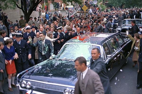 History Photograph - Motorcade Of President Lyndon Johnson by Everett