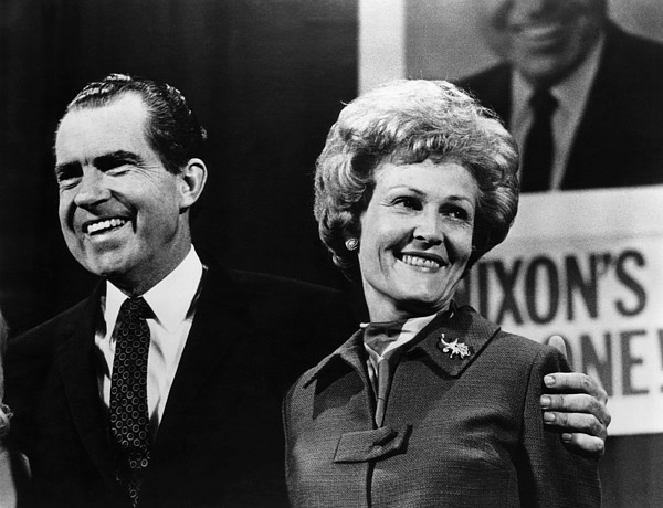 1970s Photograph - Nixon Presidency. Us President-elect by Everett