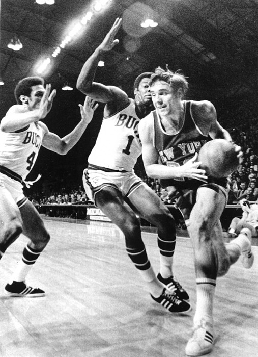 1970s Candids Photograph - Ny Knicks Dave Debusschere by Everett
