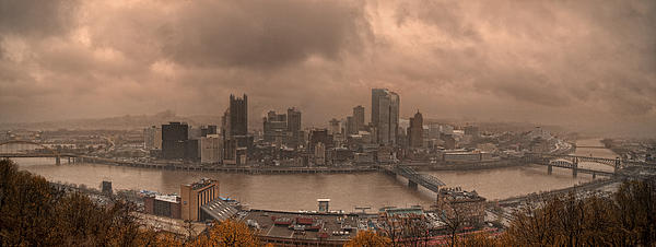 Pittsburgh Photograph - Pittsburgh Skyline 1 by Wade Aiken