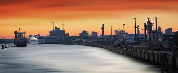 Port Photograph - Port Of Hamburg by Marc Huebner