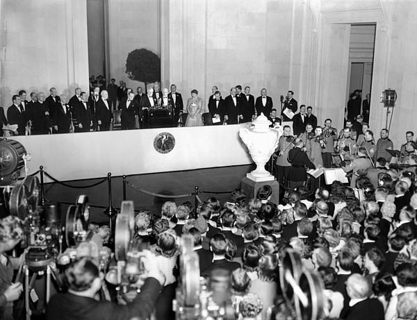 History Photograph - President Franklin Roosevelt Dedicated by Everett