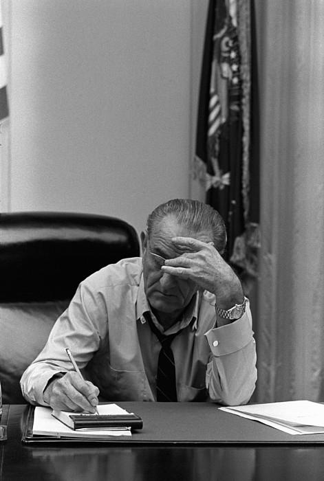 History Photograph - President Lyndon Johnson Making Notes by Everett