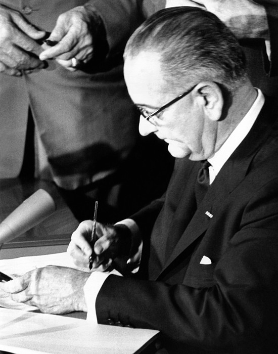 History Photograph - President Lyndon Johnson Signing by Everett