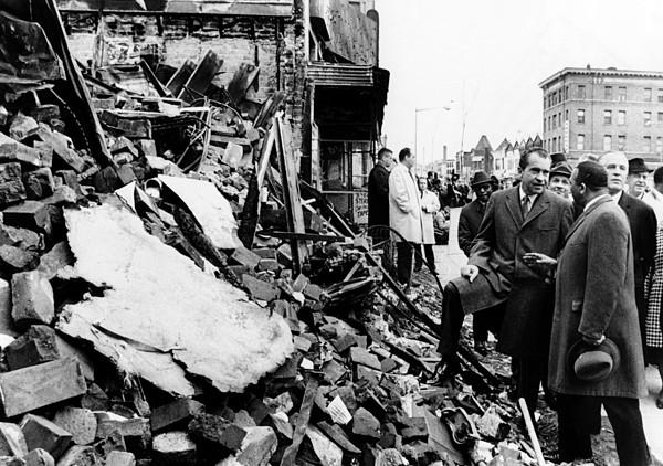 History Photograph - President Richard Nixon Visited by Everett