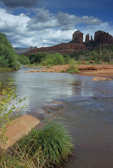 Outdoor Photograph - Red Rock Crossing In Sedona, Arizona by David Edwards