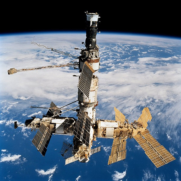 History Photograph - Russian Space Station Mir. Photo by Everett