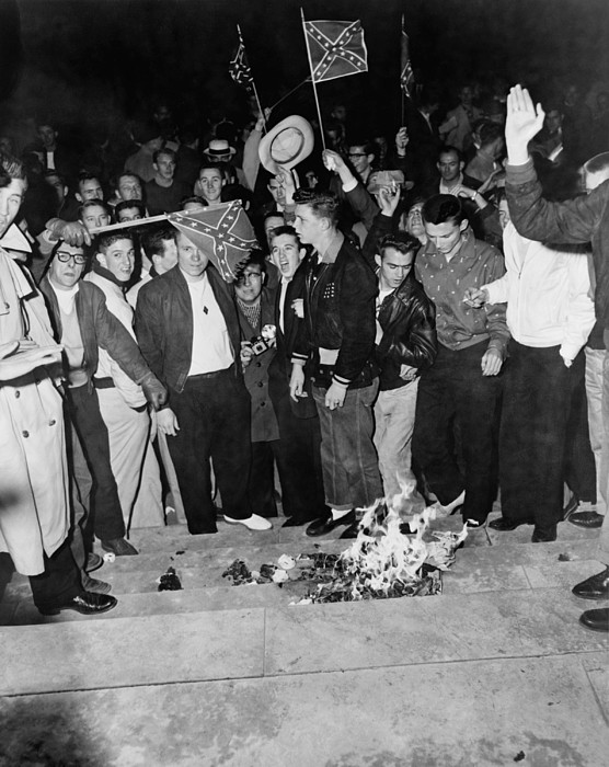 History Photograph - Segregationist Protest. White Students by Everett