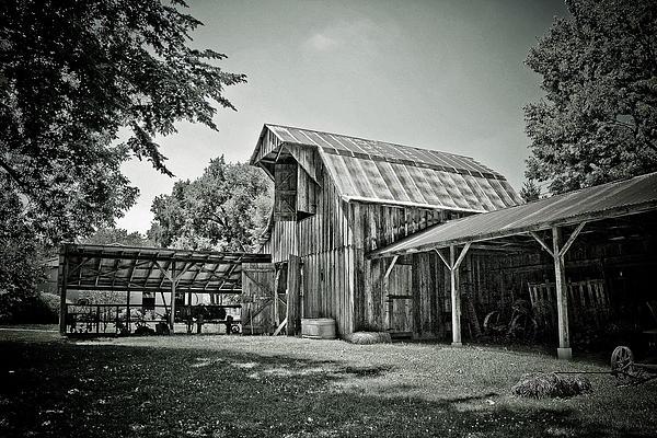 Barn Photograph - Shiloh Barn by Toni Hopper