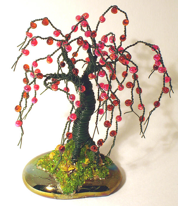 Sculpture Sculpture - Small Apple No.2 - Wire Tree by Sal Villano