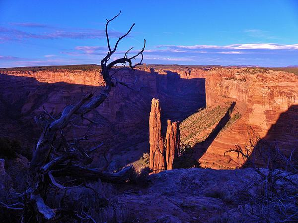 Canyon De Chelly Photograph - Spider Rock by John Wanserski