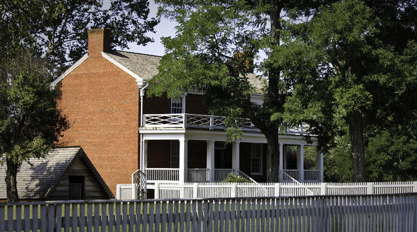 Appomattox Photograph - The Mclean House In Appomattox Virgina by Teresa Mucha