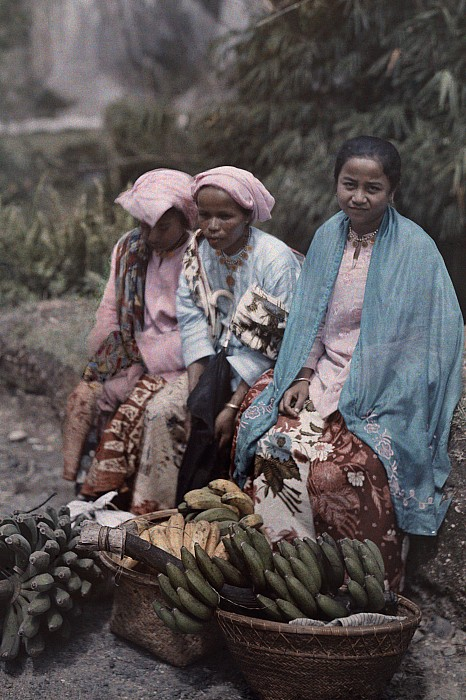 Day Photograph - Three Women Traders Sit by W. Robert Moore