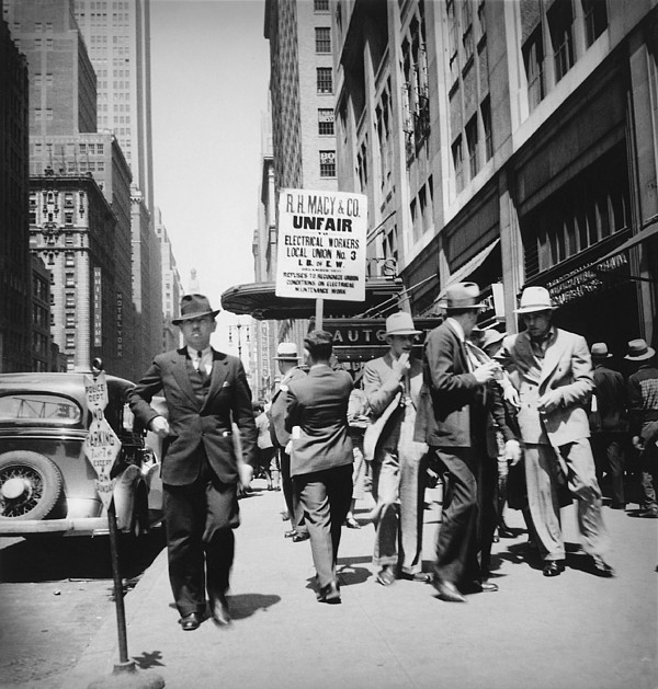 History Photograph - Union Men Picketing Macys Department by Everett