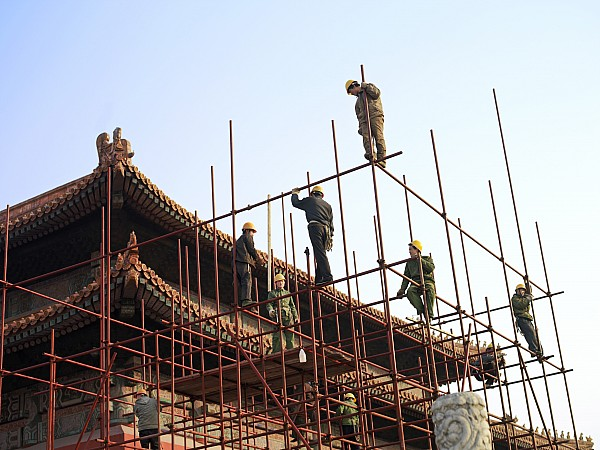 Scaffolding Photograph - Workers Climb Scaffolding On The Palace by Justin Guariglia