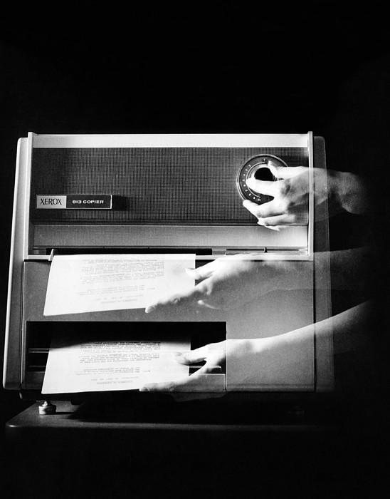 History Photograph - Xerox 813, The First Desktop by Everett