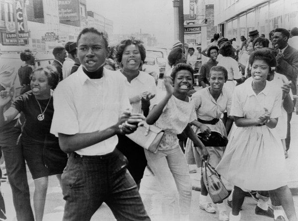 History Photograph - Young African American Demonstrators by Everett