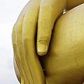 Big Hand Buddha Image by Tosporn Preede
