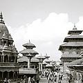 Durbar Square Patan by Shaun Higson