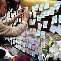 Rip Steve Jobs . October 5 2011 . San Francisco Apple Store Memorial 7dimg8576 by Wingsdomain Art and Photography