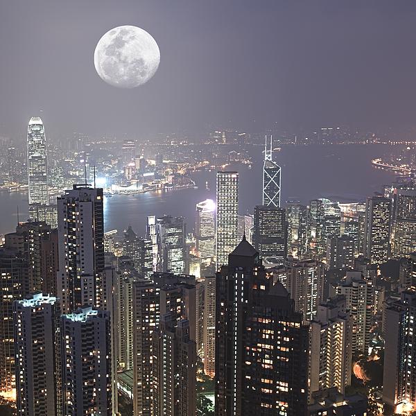 Skyline Photograph - Hongkong by MotHaiBaPhoto Prints
