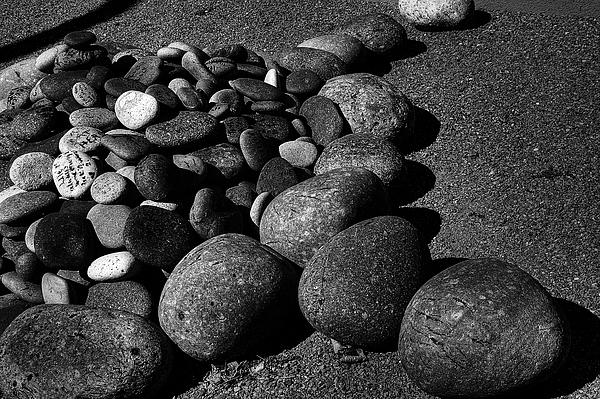 Rocks Photograph - Iaia 5 by Pete Hellmann