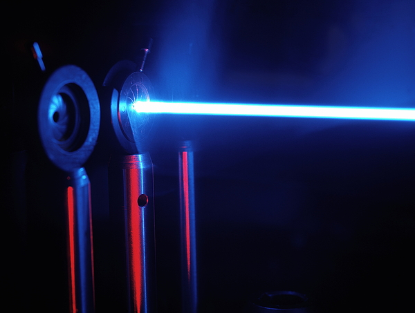 Physics Photograph - Quantum Entanglement Apparatus by Volker Steger